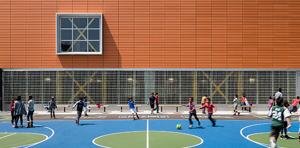 A new Pre-Kindergarten through 8th Grade school complex in Windsor Terrace, Brooklyn, designed by Michael Fieldman Architects for the School Construction Authority of New York City. Parkside Community Complex.